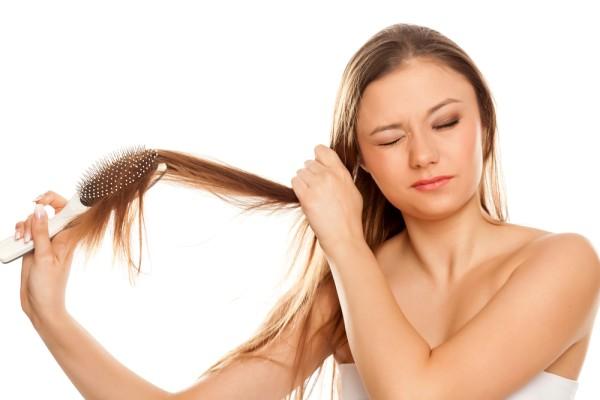 נשירת שיער אצל נשים – איך מטפלים בזה?